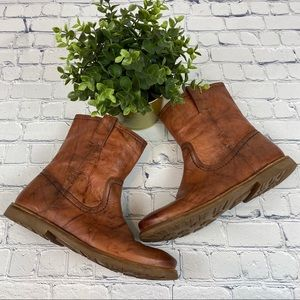 Like New Frye Tan Ankle Boots Size 7